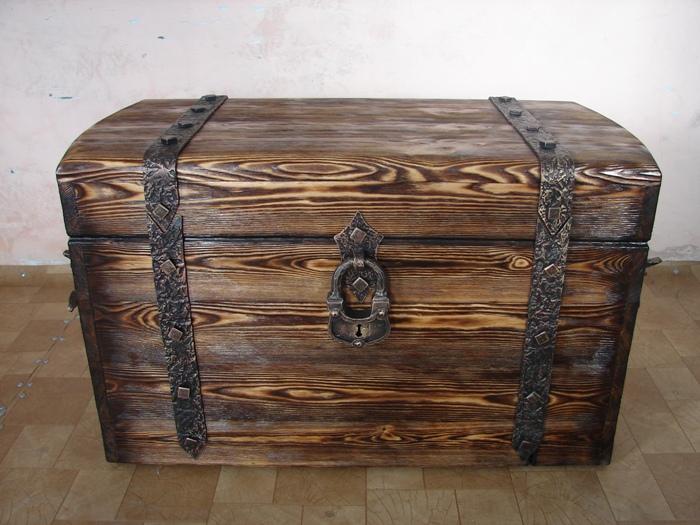 Старинный деревянный сундук своими руками 34